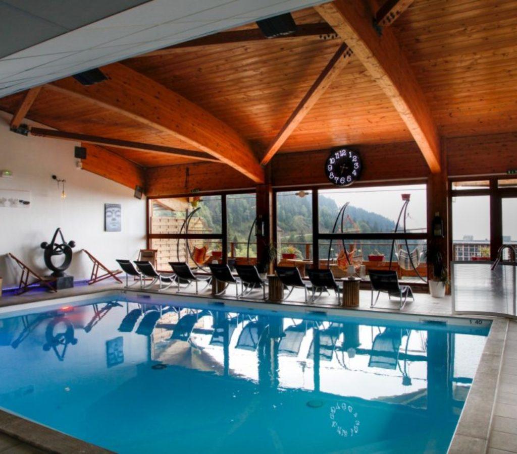 piscine spa chamrousse 58