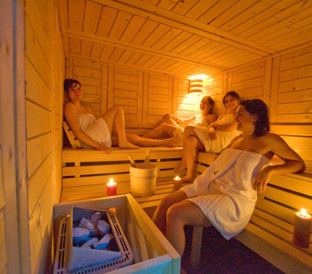 spa-chamrousse-flocons-sauna-bois-chaleur 00008